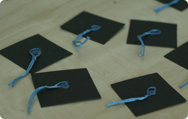 Recycled diy graduation cap cupcake toppers solutioingenieria Choice Image